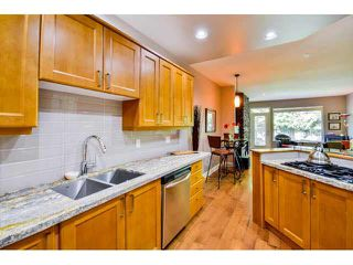 """Photo 8: 40 16655 64TH Avenue in Surrey: Cloverdale BC Townhouse for sale in """"The Ridge Woods"""" (Cloverdale)  : MLS®# F1440022"""