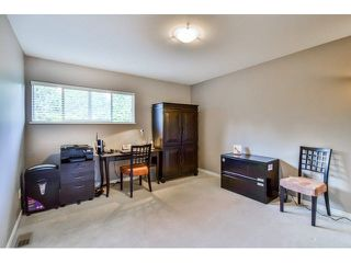 """Photo 16: 40 16655 64TH Avenue in Surrey: Cloverdale BC Townhouse for sale in """"The Ridge Woods"""" (Cloverdale)  : MLS®# F1440022"""