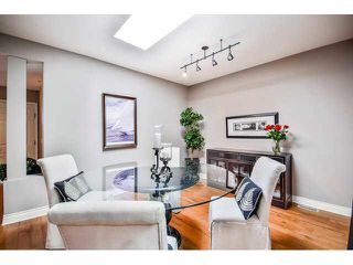 """Photo 3: 40 16655 64TH Avenue in Surrey: Cloverdale BC Townhouse for sale in """"The Ridge Woods"""" (Cloverdale)  : MLS®# F1440022"""