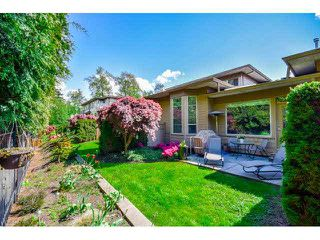 """Photo 13: 40 16655 64TH Avenue in Surrey: Cloverdale BC Townhouse for sale in """"The Ridge Woods"""" (Cloverdale)  : MLS®# F1440022"""