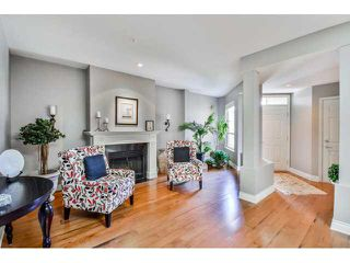"""Photo 2: 40 16655 64TH Avenue in Surrey: Cloverdale BC Townhouse for sale in """"The Ridge Woods"""" (Cloverdale)  : MLS®# F1440022"""