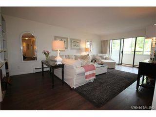 Photo 14: 205 1050 Park Blvd in VICTORIA: Vi Fairfield West Condo for sale (Victoria)  : MLS®# 702718