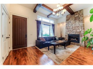 Photo 3: 2439 34 Street SW in Calgary: Killarney_Glengarry House for sale : MLS®# C4014145