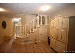 Photo 16: 17 500 Marsett Pl in VICTORIA: SW Royal Oak Row/Townhouse for sale (Saanich West)  : MLS®# 711729