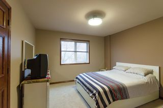 Photo 44: 71 McDowell Drive in Winnipeg: Charleswood Residential for sale (South Winnipeg)  : MLS®# 1600741