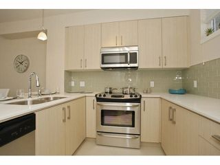 "Photo 5: 224 32095 HILLCREST Avenue in Abbotsford: Abbotsford West Townhouse for sale in ""Cedar Park Plaza"" : MLS®# R2025230"