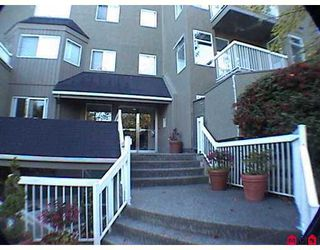 "Photo 2: 1870 E SOUTHMERE Crescent in White Rock: Sunnyside Park Surrey Condo for sale in ""South Grove"" (South Surrey White Rock)  : MLS®# F2623858"