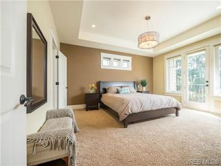Photo 9: 898 Lakeside Pl in VICTORIA: La Florence Lake House for sale (Langford)  : MLS®# 727364