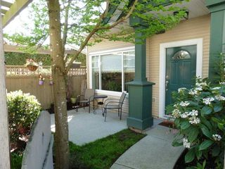 Photo 2: 9 10251 NO 1 Road in Richmond: Steveston North Townhouse for sale : MLS®# R2075095