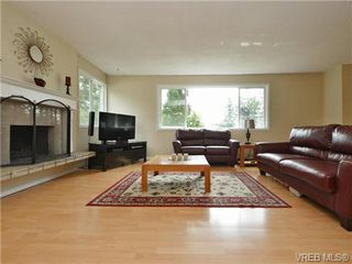 Photo 2: 3349 Betula Place in VICTORIA: Co Triangle Single Family Detached for sale (Colwood)  : MLS®# 367021