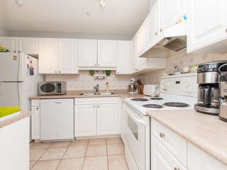 "Photo 5: 106 14885 100 Avenue in Surrey: Guildford Condo for sale in ""THE DORCHESTER"" (North Surrey)  : MLS®# R2088062"