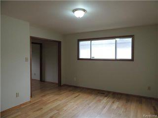 Photo 9: 30 Kinkora Drive in Winnipeg: Charleswood Residential for sale (1F)  : MLS®# 1621329