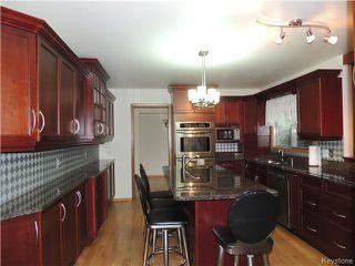 Photo 2: 30 Kinkora Drive in Winnipeg: Charleswood Residential for sale (1F)  : MLS®# 1621329