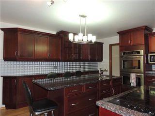 Photo 3: 30 Kinkora Drive in Winnipeg: Charleswood Residential for sale (1F)  : MLS®# 1621329