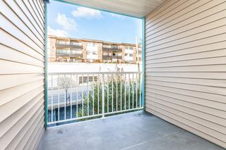 "Photo 14: 314 33960 OLD YALE Road in Abbotsford: Central Abbotsford Condo for sale in ""OLD YALE HEIGHTS"" : MLS®# R2105379"