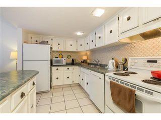 Photo 8: 15 2225 OAKMOOR Drive SW in Calgary: Palliser House for sale : MLS®# C4092246