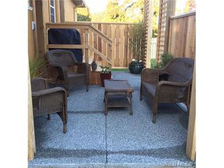 Photo 9: 2834/2840 Henderson Rd in VICTORIA: OB Henderson House for sale (Oak Bay)  : MLS®# 750634