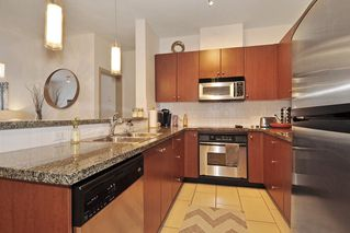 "Photo 9: 307 200 CAPILANO Road in Port Moody: Port Moody Centre Condo for sale in ""SUTER BROOK"" : MLS®# R2140486"