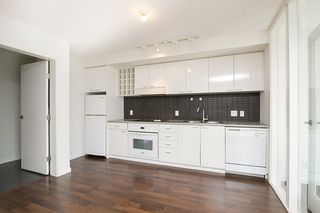Photo 6: 1802 602 CITADEL PARADE in : Downtown VW Condo for sale : MLS®# V1063248