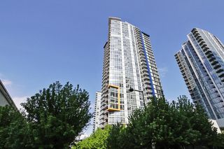 Photo 1: 1802 602 CITADEL PARADE in : Downtown VW Condo for sale : MLS®# V1063248