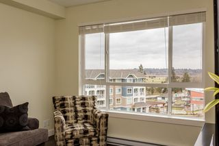 "Photo 12: # 414 -16388 64 Avenue in Surrey: Cloverdale BC Condo for sale in ""THE RIDGE AT BOSE FARMS"" (Cloverdale)  : MLS®# R2143424"