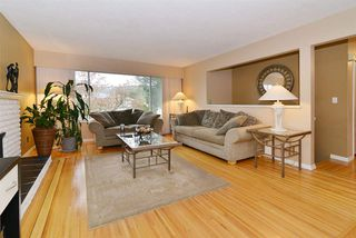 Photo 8: 3766 SOMERSET Street in Port Coquitlam: Lincoln Park PQ House for sale : MLS®# R2144773