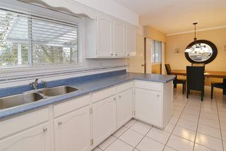 Photo 6: 3766 SOMERSET Street in Port Coquitlam: Lincoln Park PQ House for sale : MLS®# R2144773