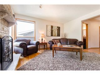Photo 9: 263 EDGELAND Road NW in Calgary: Edgemont House for sale : MLS®# C4102245