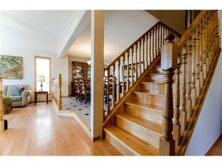 Photo 10: 263 EDGELAND Road NW in Calgary: Edgemont House for sale : MLS®# C4102245