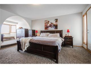 Photo 16: 263 EDGELAND Road NW in Calgary: Edgemont House for sale : MLS®# C4102245