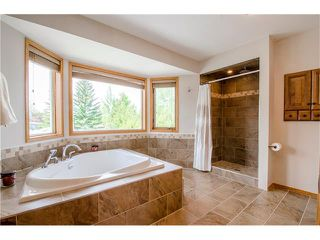 Photo 19: 263 EDGELAND Road NW in Calgary: Edgemont House for sale : MLS®# C4102245