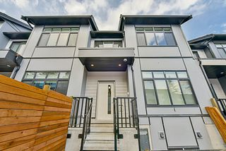 "Photo 2: 61 15177 60 Avenue in Surrey: Sullivan Station Townhouse for sale in ""EVOQUE"" : MLS®# R2146342"