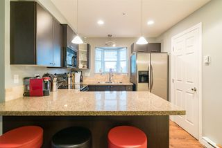 """Photo 4: 201 5474 198TH Street in Langley: Langley City Condo for sale in """"Southbrook"""" : MLS®# R2146834"""