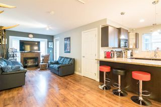 """Photo 7: 201 5474 198TH Street in Langley: Langley City Condo for sale in """"Southbrook"""" : MLS®# R2146834"""