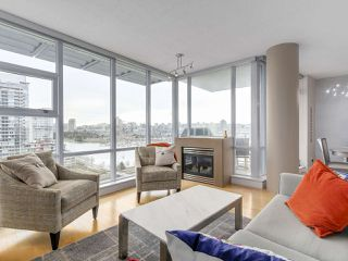 "Photo 5: 1206 638 BEACH Crescent in Vancouver: Yaletown Condo for sale in ""ICON I"" (Vancouver West)  : MLS®# R2148228"
