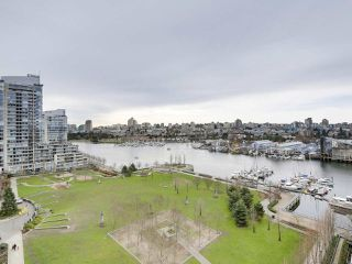 "Photo 11: 1206 638 BEACH Crescent in Vancouver: Yaletown Condo for sale in ""ICON I"" (Vancouver West)  : MLS®# R2148228"