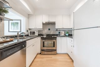 Photo 9: 305 5626 LARCH Street in Vancouver: Kerrisdale Condo for sale (Vancouver West)  : MLS®# R2152560