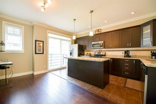 Photo 8: 21 6383 140 Street in Surrey: Sullivan Station Townhouse for sale : MLS®# R2152595