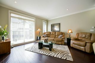 Photo 4: 21 6383 140 Street in Surrey: Sullivan Station Townhouse for sale : MLS®# R2152595