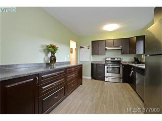 Photo 8: 955 McCallum Rd in VICTORIA: La Florence Lake Single Family Detached for sale (Langford)  : MLS®# 758781