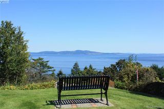 Photo 19: 109 2829 Arbutus Rd in VICTORIA: SE Ten Mile Point Row/Townhouse for sale (Saanich East)  : MLS®# 761973