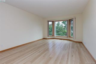 Photo 7: 109 2829 Arbutus Rd in VICTORIA: SE Ten Mile Point Row/Townhouse for sale (Saanich East)  : MLS®# 761973