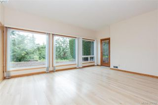 Photo 11: 109 2829 Arbutus Rd in VICTORIA: SE Ten Mile Point Row/Townhouse for sale (Saanich East)  : MLS®# 761973