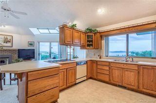 Photo 5: 4863 Stormtide Way in VICTORIA: SE Cordova Bay Single Family Detached for sale (Saanich East)  : MLS®# 381037