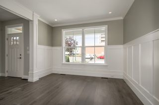Photo 6: 15520 RUSSELL Avenue: White Rock House for sale (South Surrey White Rock)  : MLS®# R2193188