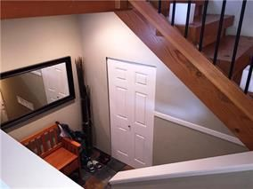 """Photo 3: 3 39758 GOVERNMENT Road in Squamish: Northyards Townhouse for sale in """"Arbourwoods"""" : MLS®# R2198202"""