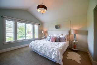 Photo 13: 9205 MARR Street in Langley: Fort Langley House for sale : MLS®# R2203032