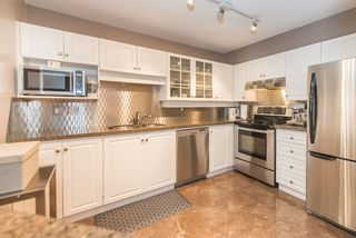"""Photo 11: 201 3183 ESMOND Avenue in Burnaby: Central BN Condo for sale in """"The Winchelsea"""" (Burnaby North)  : MLS®# R2206570"""