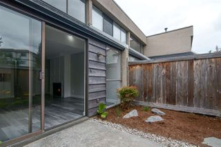 "Photo 4: 106 17720 60 Avenue in Surrey: Cloverdale BC Townhouse for sale in ""Clover Park Gardens"" (Cloverdale)  : MLS®# R2212954"
