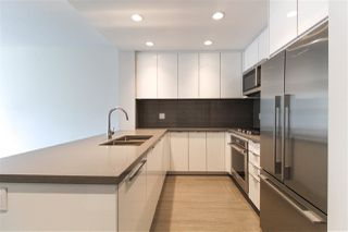 "Photo 3: 427 255 W 1ST Street in North Vancouver: Lower Lonsdale Condo for sale in ""West Quay"" : MLS®# R2213993"